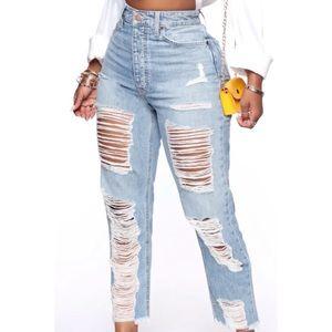 Fashion Nova Jammin' On Boyfriend Jeans